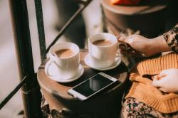 Tình yêu như một ly trà, đúng vị đủ hoàn cảnh mới là trà ngon