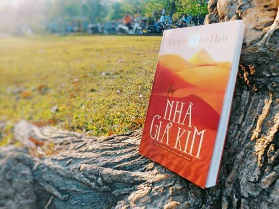 Review sách: Nhà giả kim - Paulo Coelho
